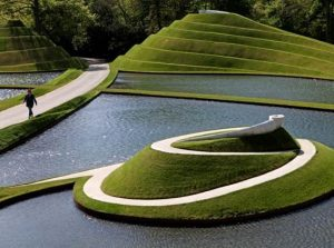 The Garden of Cosmic Speculation, Skotlandia